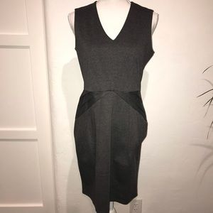 ♥️📂🆕List H&M Slvls Gray knit dress inverted pltM